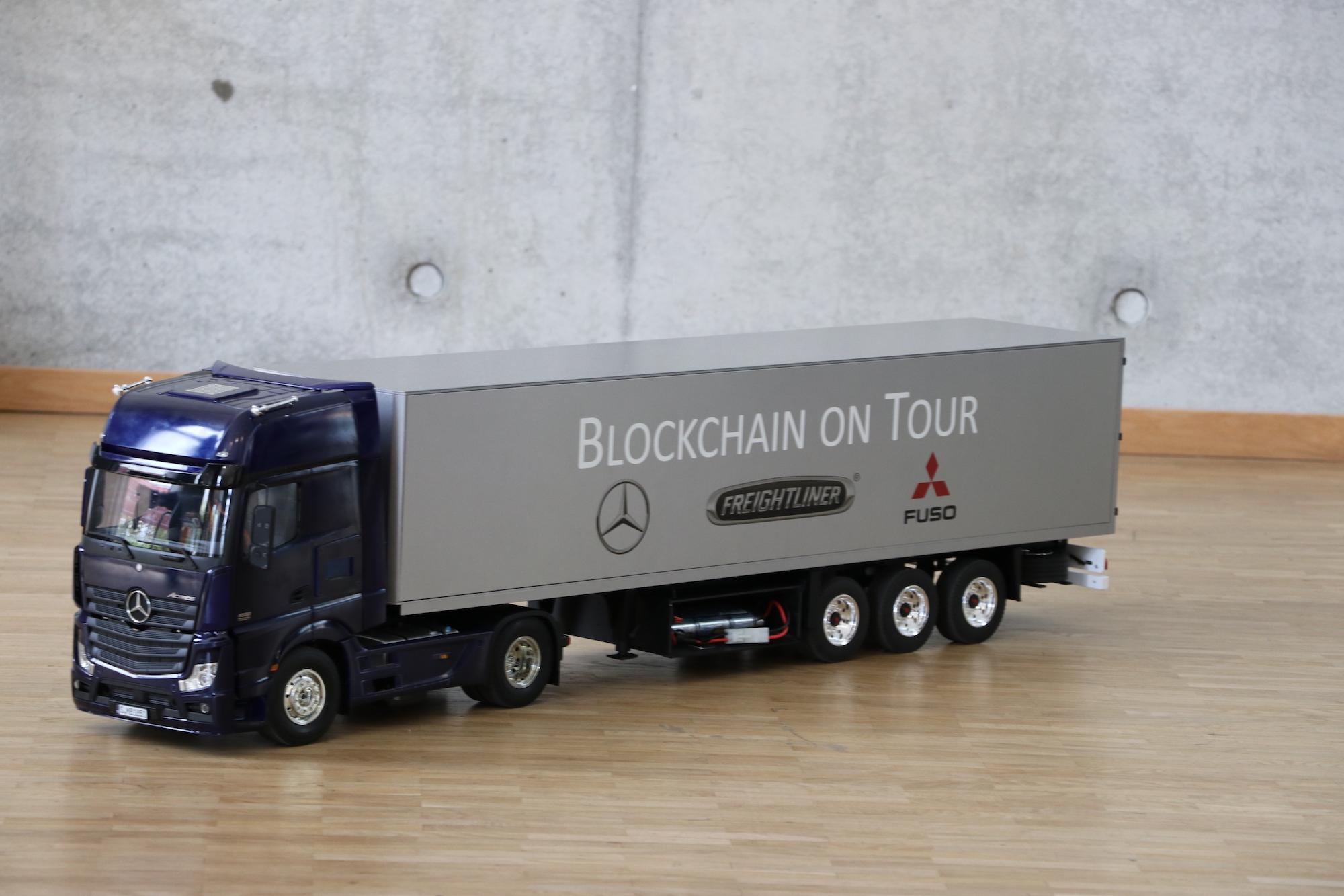 Daimler Trucks mit Smart Contracts
