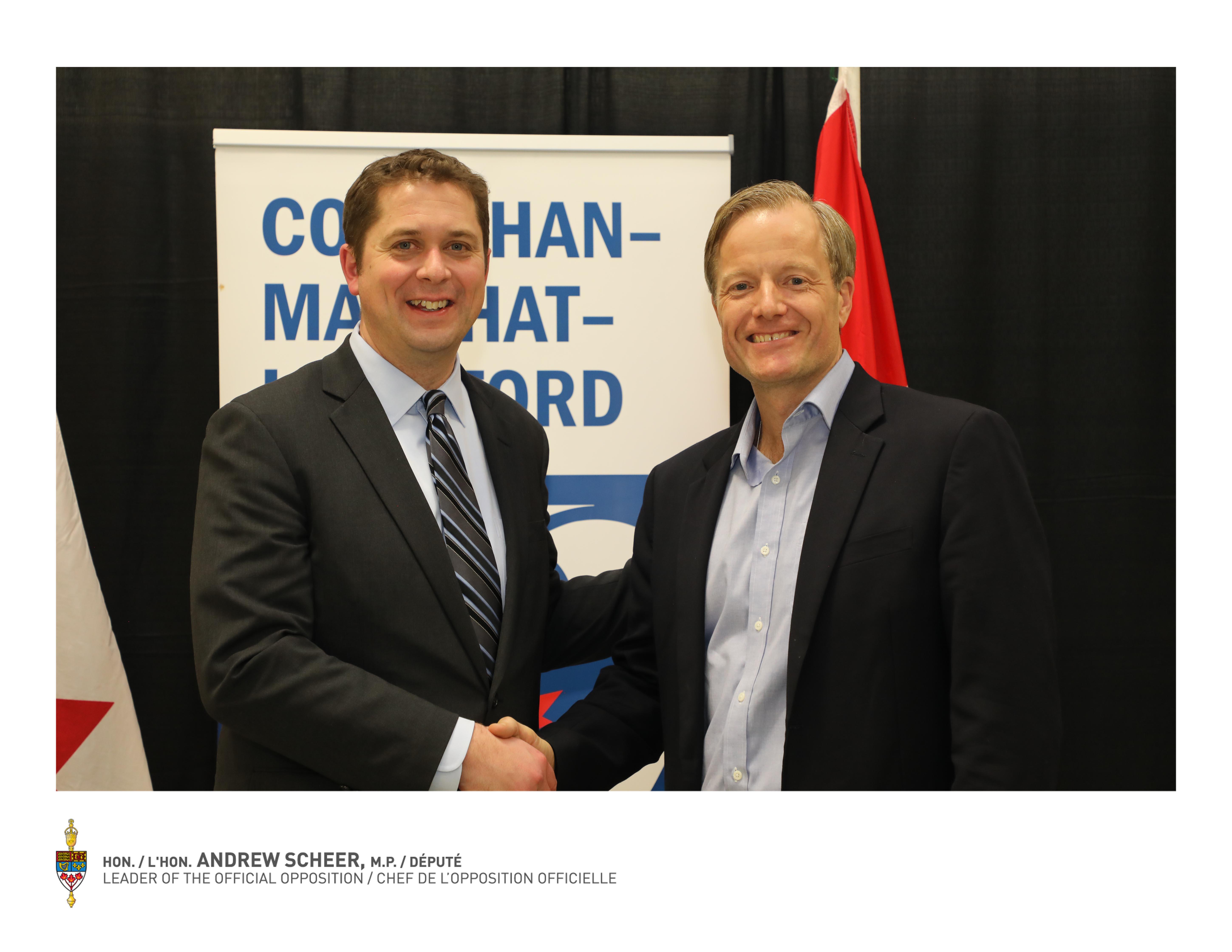 Conservative Leader Andrew Scheer with Courtenay-Alberni Conservative Candidate Byron Horner