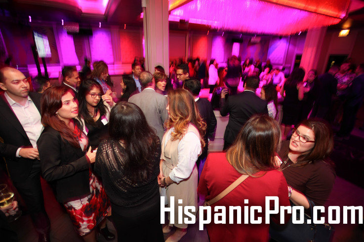 18 Nonprofit Networking West Loop Latina Chicago