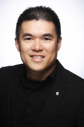 Dr. Peter Lau