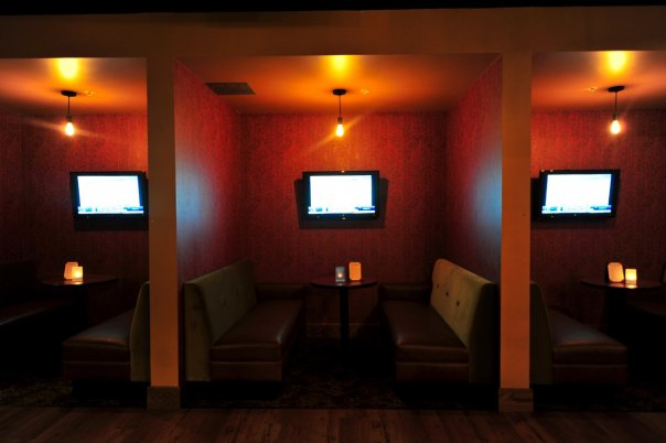 parlor_upstairs_booths