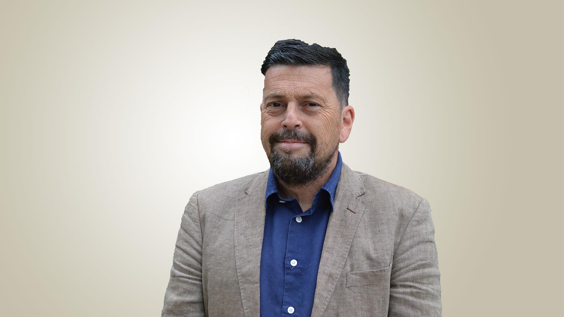 Professor Rob MacDonald