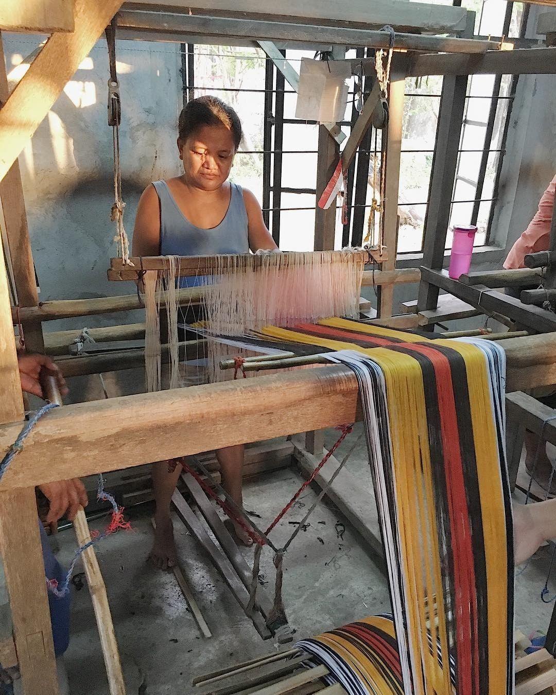 Artisan weaver