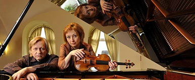 Elena Denisova, violin and Alexi Kornienko, piano