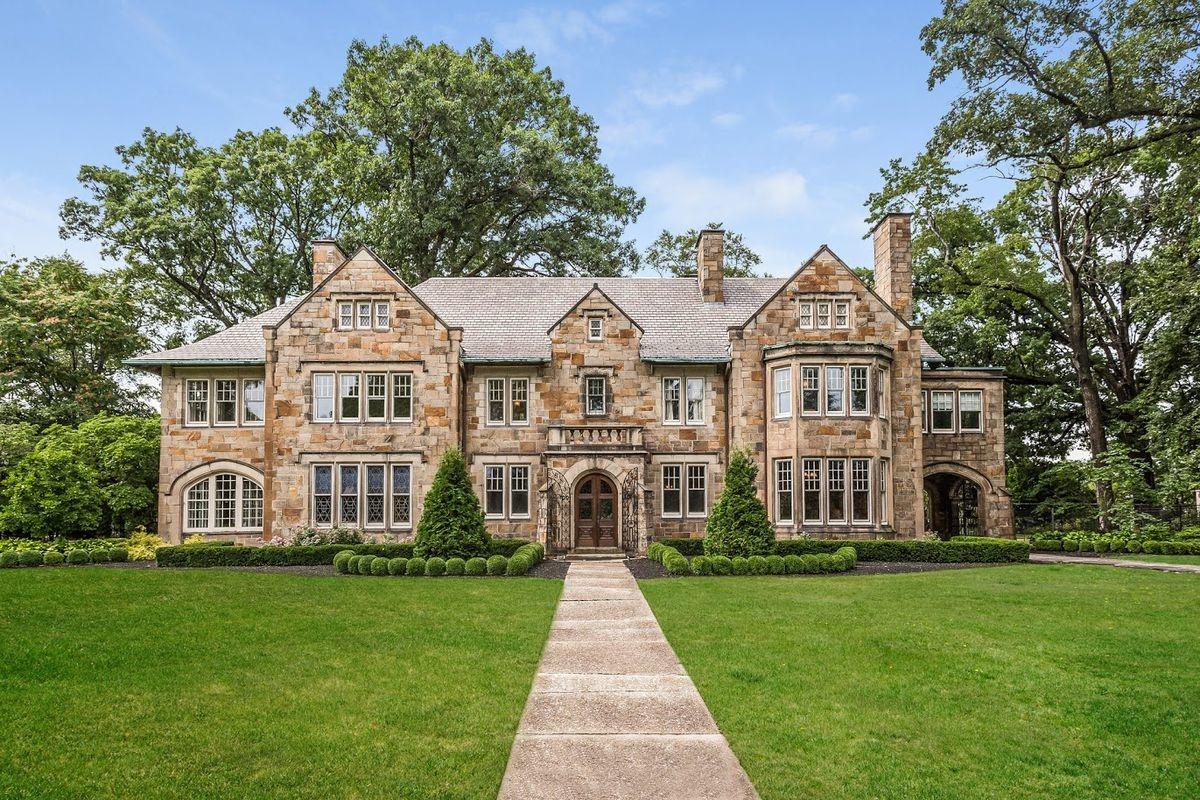 The Briggs Mansion