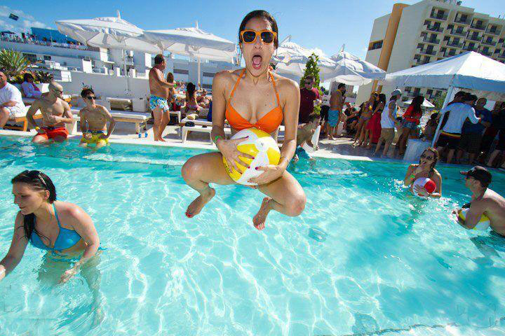 Pool Party + Foam Party + 1-Hr Open Bar - Big 2-4-1 Party Deal - Miami Beach