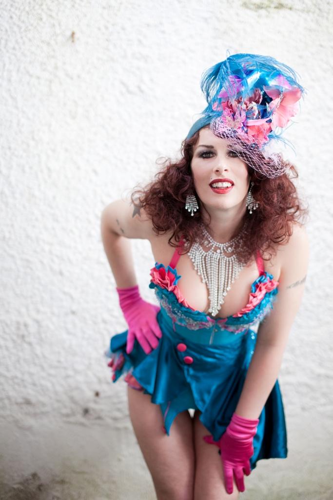 Keda Breeze, Burlesque Promo Blue