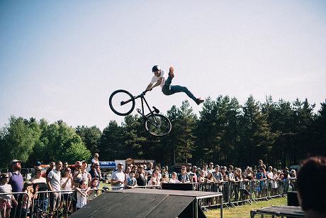 Pedalfest Stunt Jump