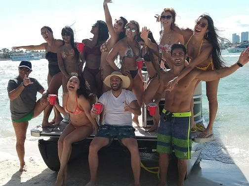 miami boat party