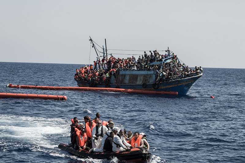 On Thursday, August 6, 2015, the MSF search and rescue boat Bourbon Argos engaged in a complicated and tense rescue operation of a vessel in visible distress crammed with 613 passengers.