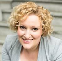 Janet Brown Headshot Instructor