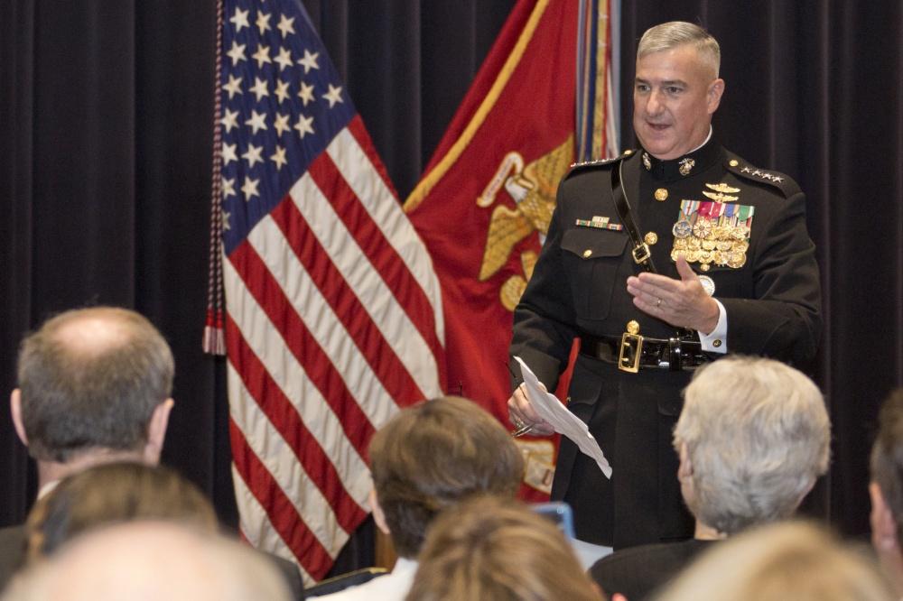 Gen Glenn Walters