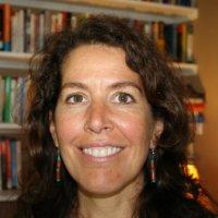Teresa Valliere headshot