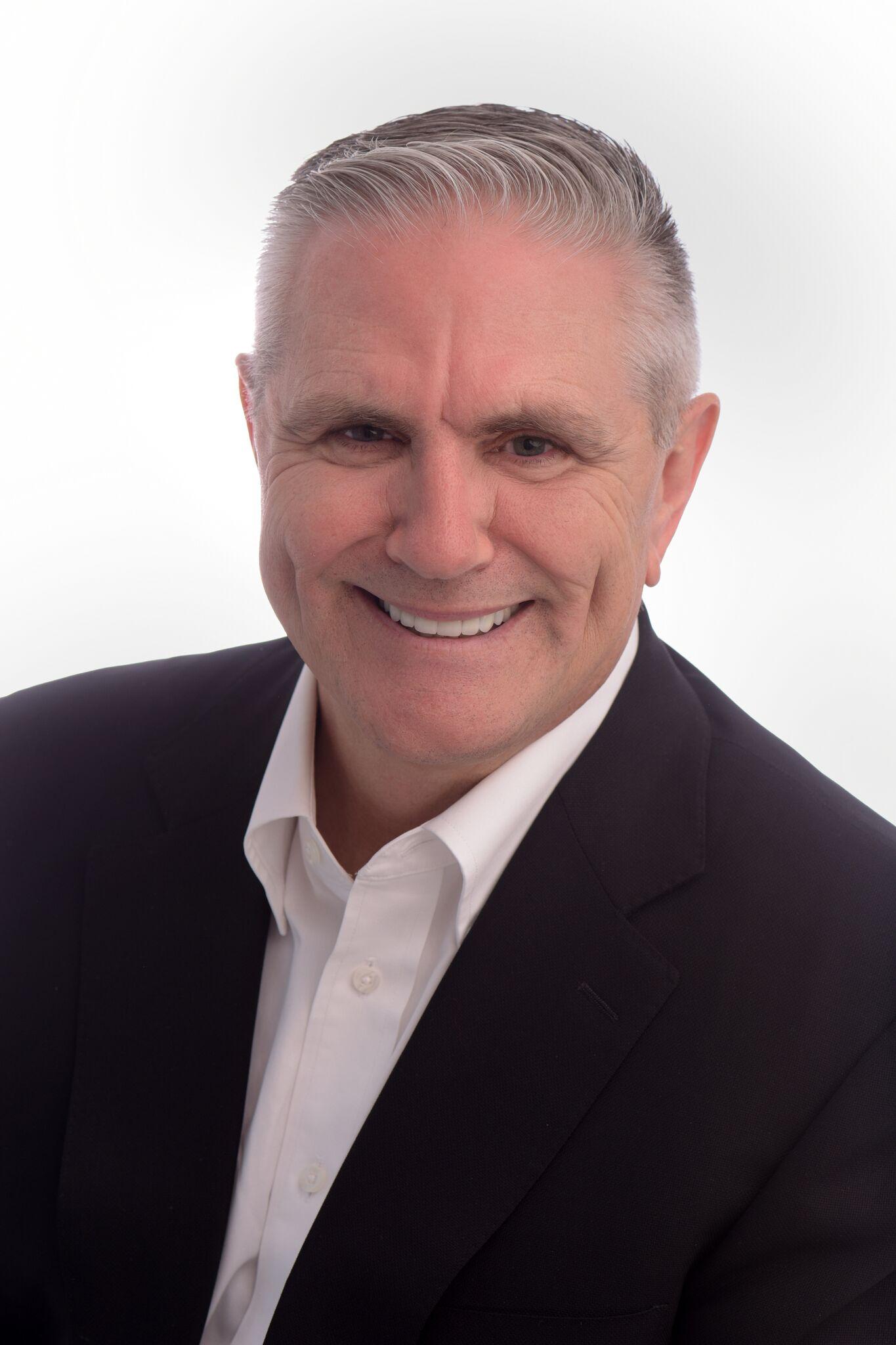 Dr. Tom Klapp