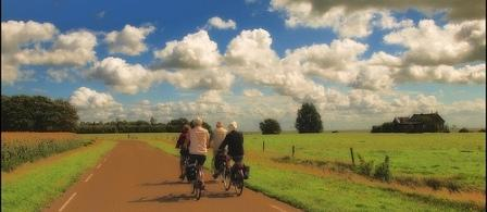 Cyclists in the countryside