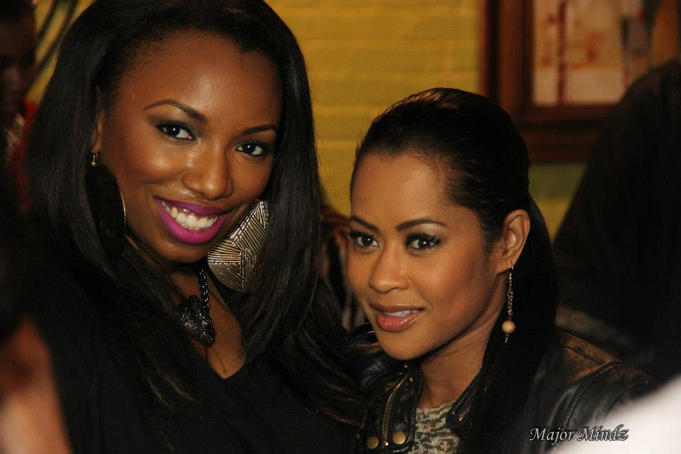 LISA WU WITH MIXER GUEST