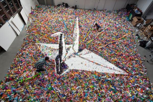 Japan Earthquake 2,000,000 cranes project