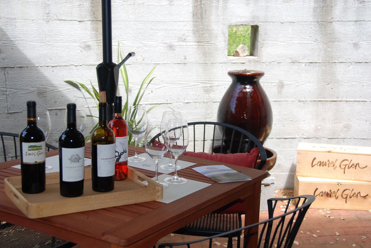 Laurel Glen Tasting Room patio