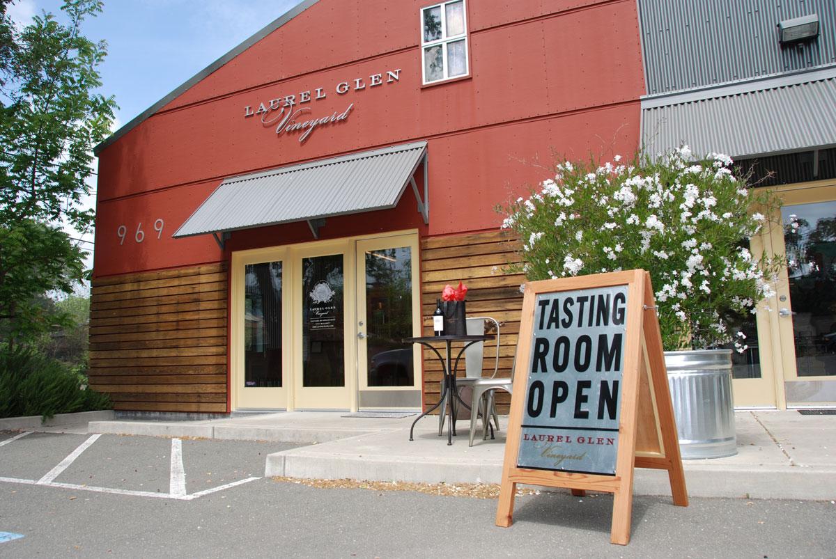 Laurel Glen Wines tasting room