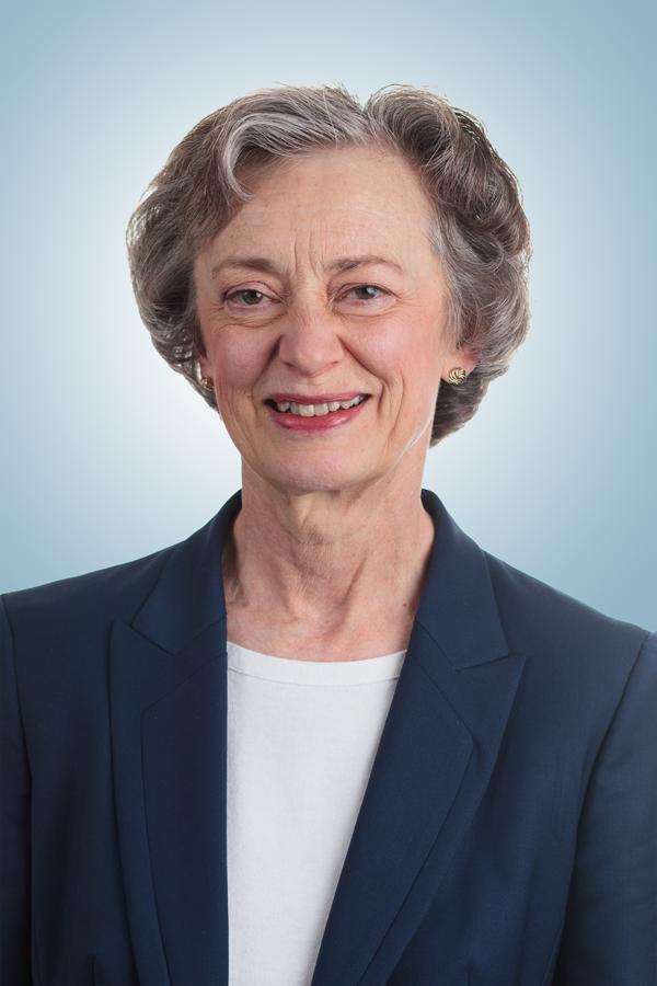 Linda Harfst head shot