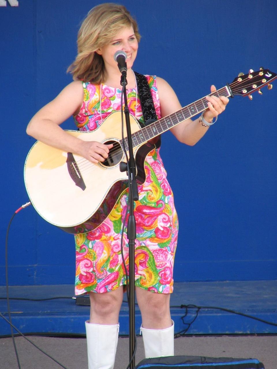 Funny Singer Songwriter Carla Ulbrich