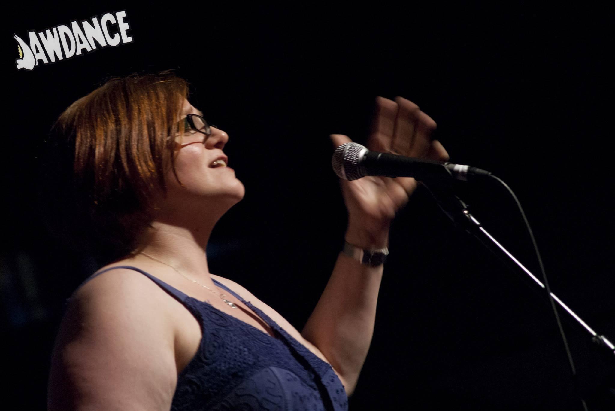 Hannah Chutzpah performing at Jawdance