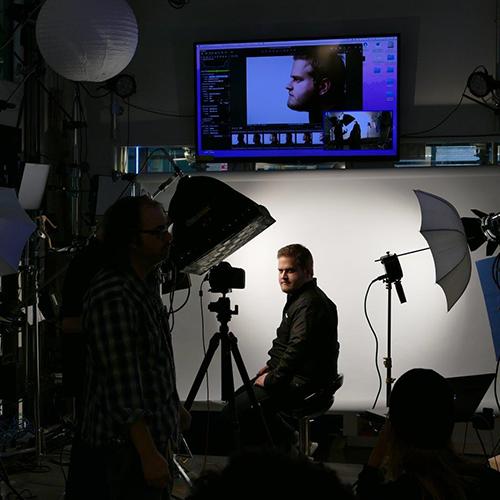 Daniel Norton Teaches Lighting Basics at Adorama