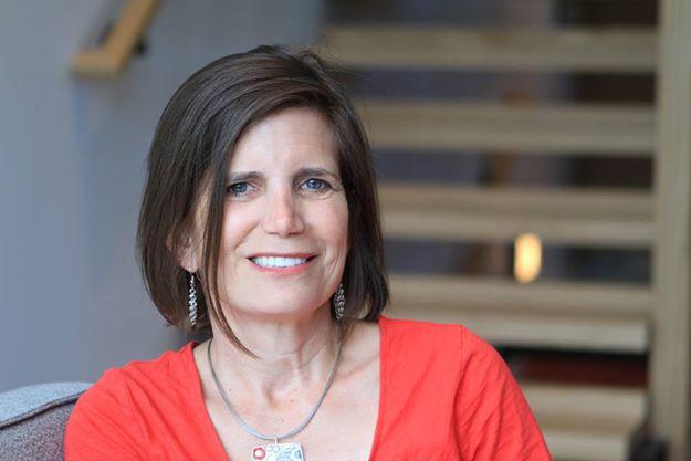 Portrait of Sue Heilbronner