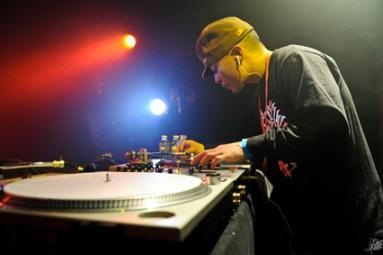 DJ QBert LIVE