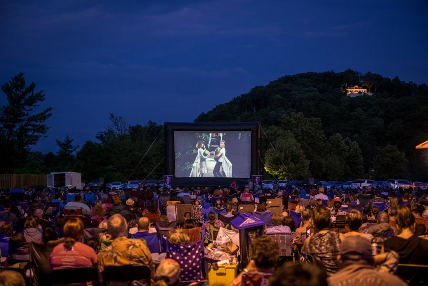 Film screening at the Dirty Dancing Festival