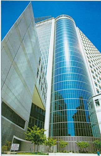 Elihu M Harris State Building Oakland