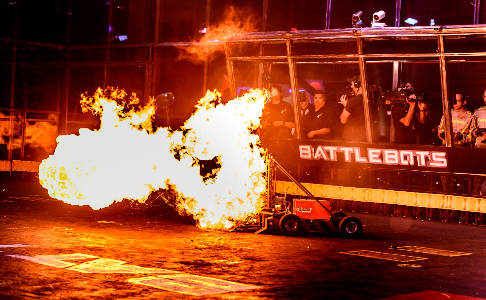 Fight BattleBots Fight!