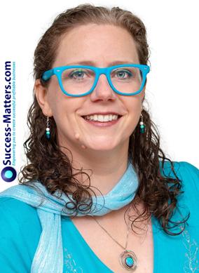 Claire Boyles Success Matters Founder, Marketing Speaker, Professional Headshot