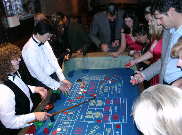 casino gaming on New Year's in Silicon Valley