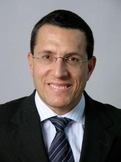 Dr. Anton Sculean