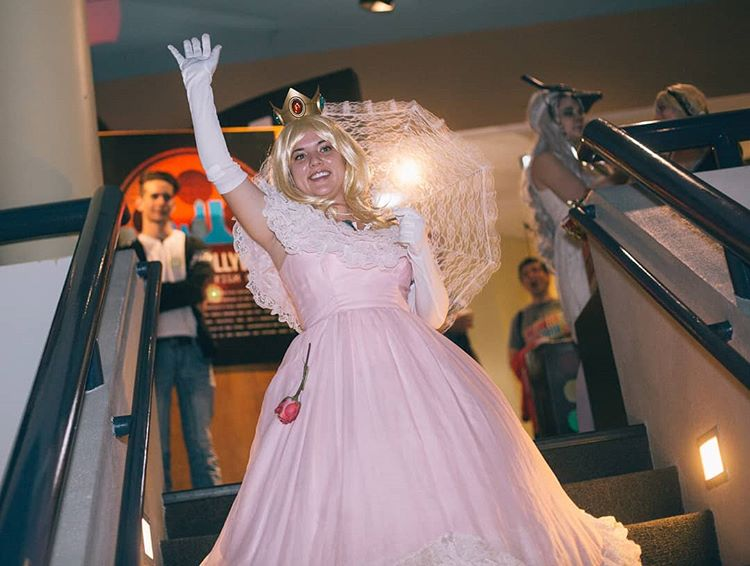 Princess PEach Cosplay at Retro GAAM Night