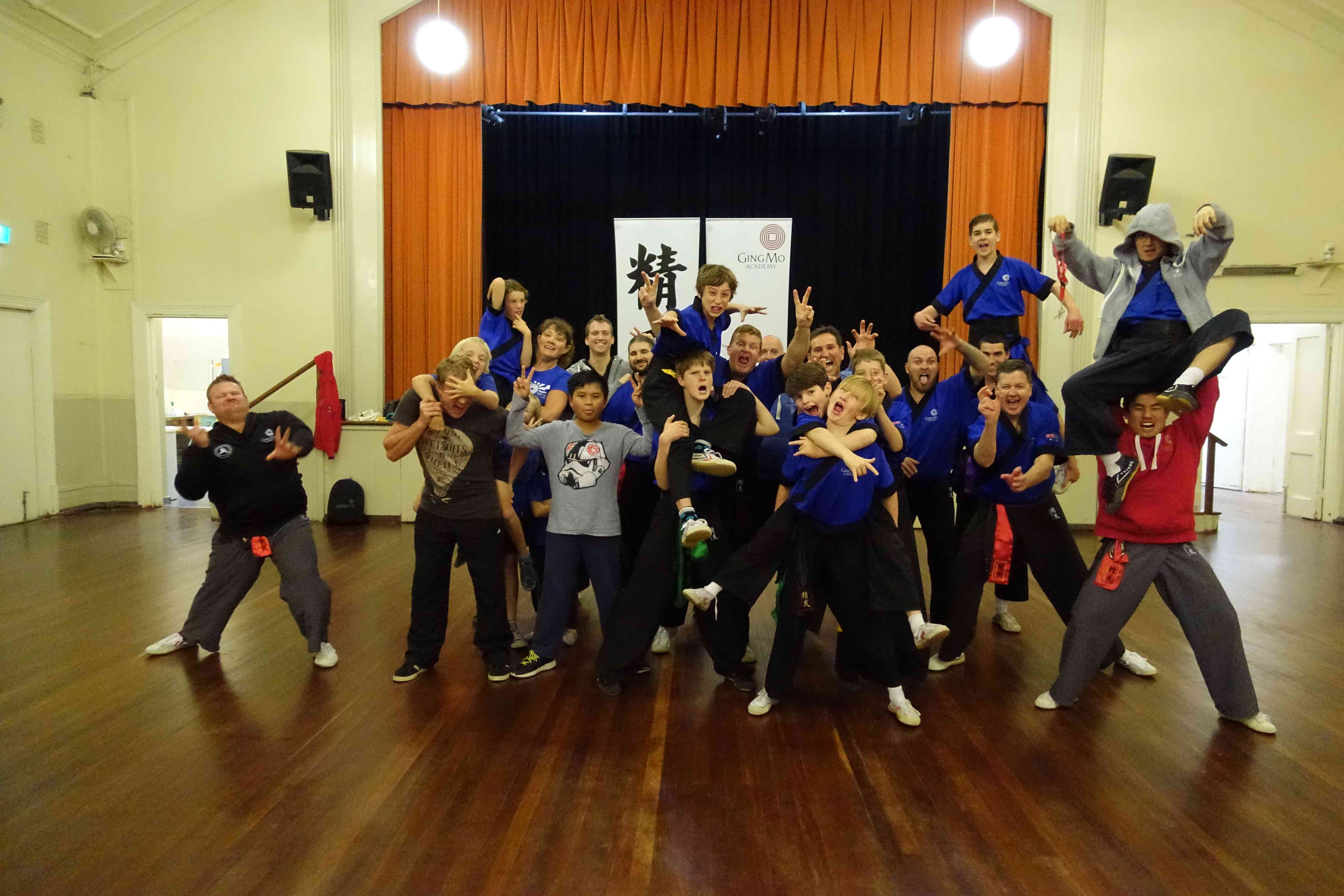 group photo 800kb