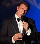 Robert Davi Performing
