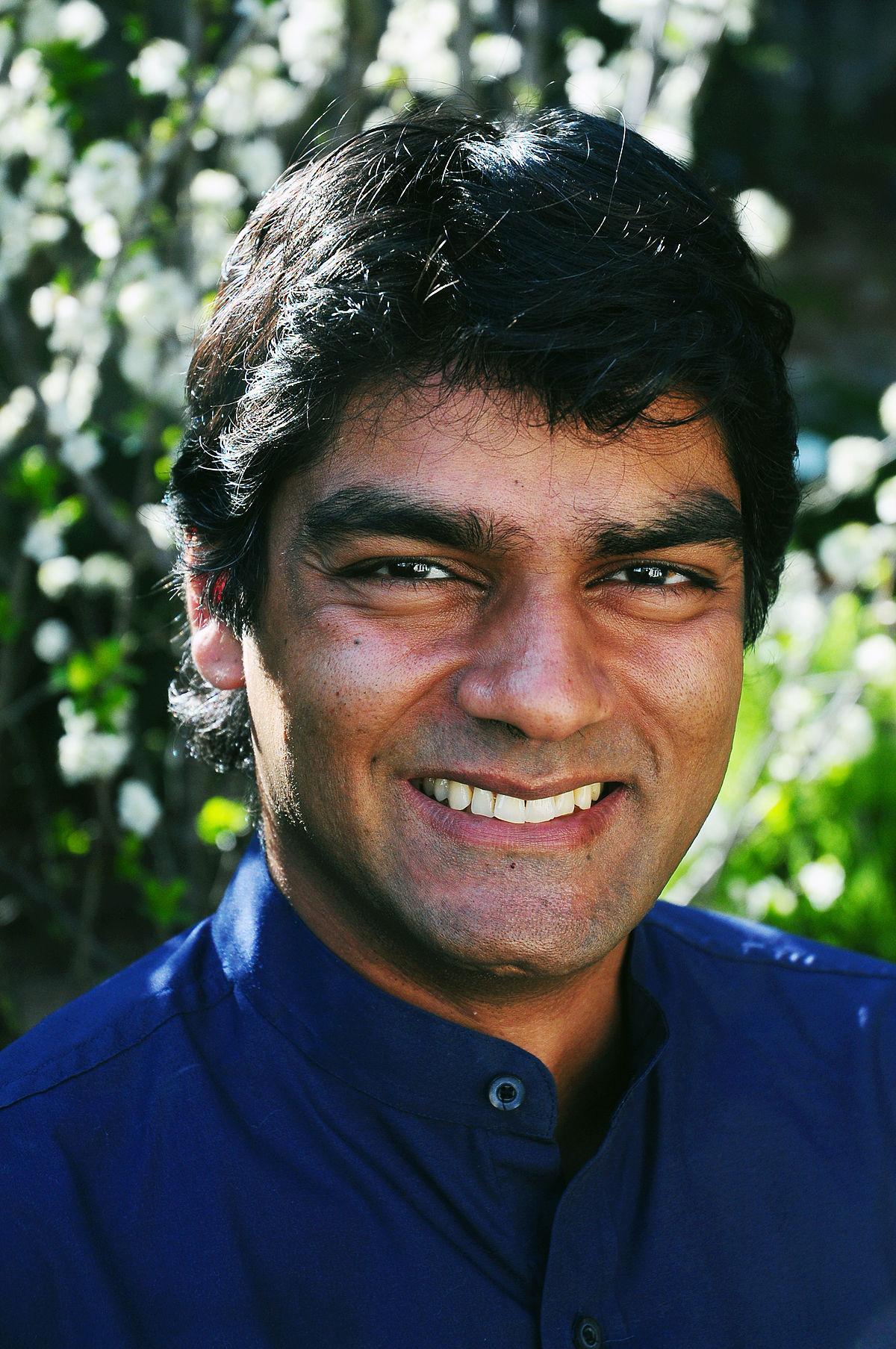 Headshot of Dr. Raj Patel