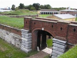 GHOST HUNT - Fort MIFFLIN - THE FORT THAT SAVED AMERICA!