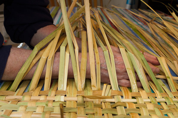 How To Weave A Basket Out Of Cattails : Weaving with cattails tickets sun feb at pm