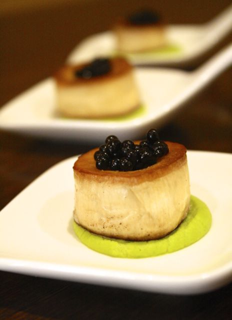 king oyster mushroom scallop with aged balsamic caviar and green pea puree