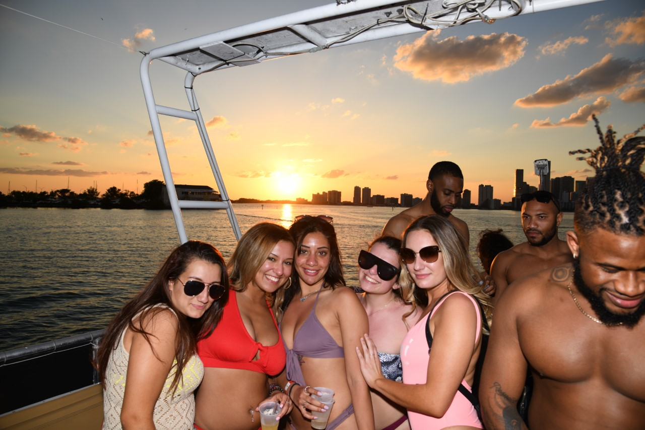 Miami Party Boat Package | Miami Booze Cruise | Miami Hip Hop Party Boat
