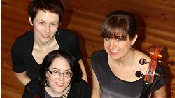 Trio Kharites