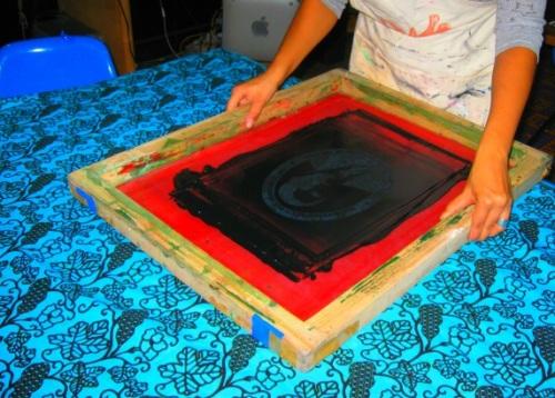 Shani demonstrates a silkscreen