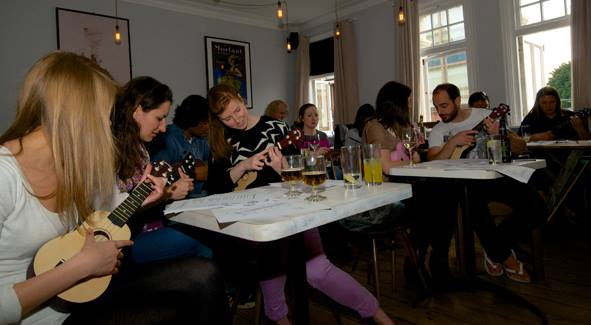 Beginners Ukulele at Amuse Bouche
