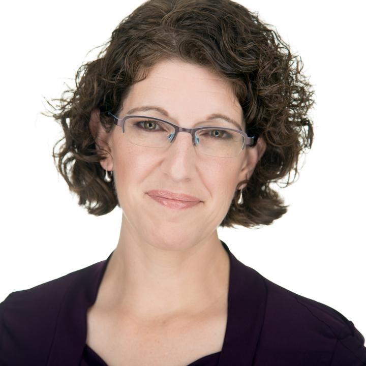 Carol Smith's Headshot