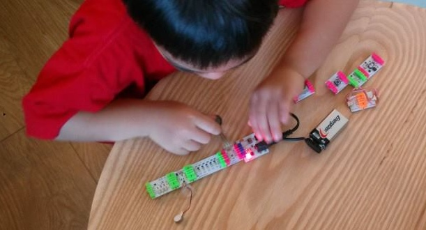 child playing with littleBits