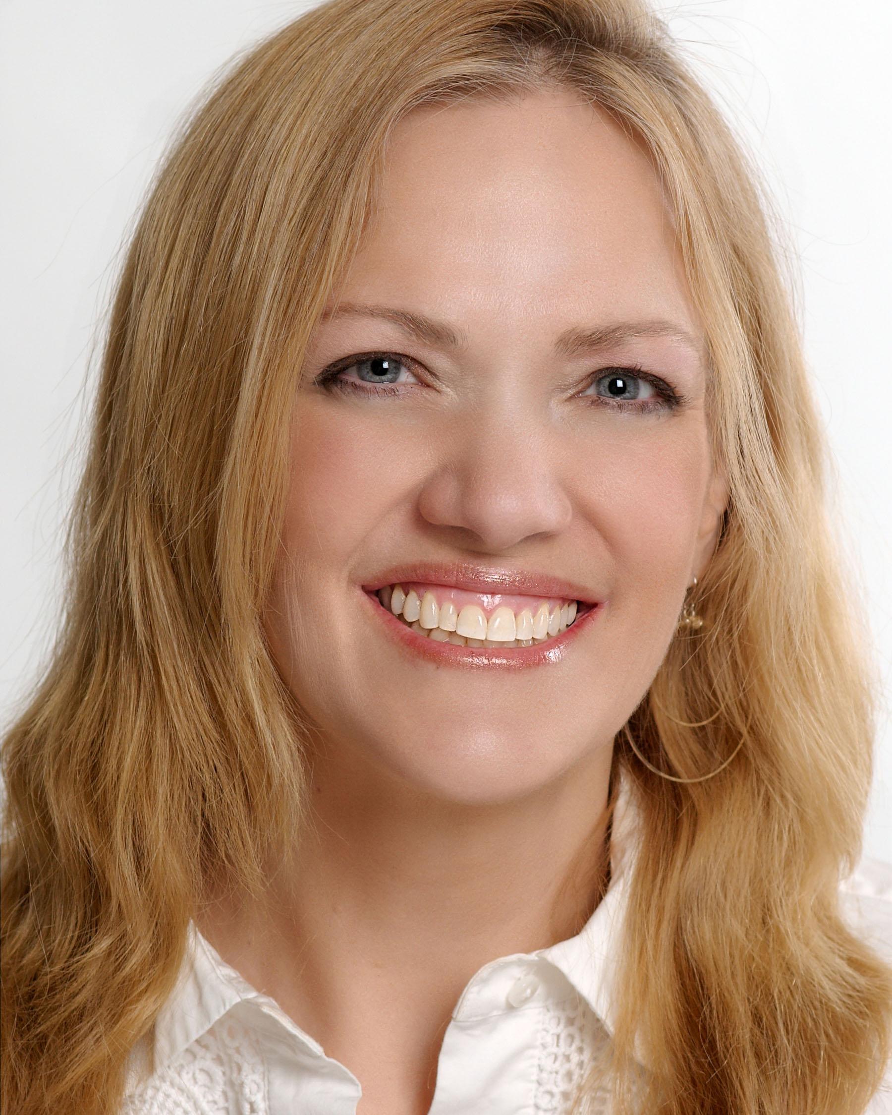 Lori Ruff, The LinkedIn Diva turns 50