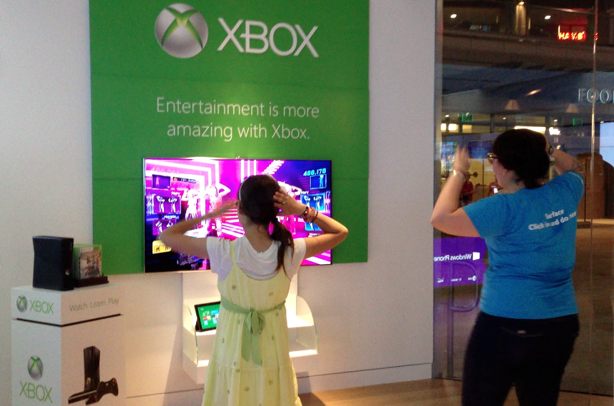 Get your Kinect on at Microsoft Store